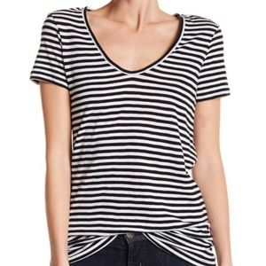 🔥SALE Susina striped black and white tee size M